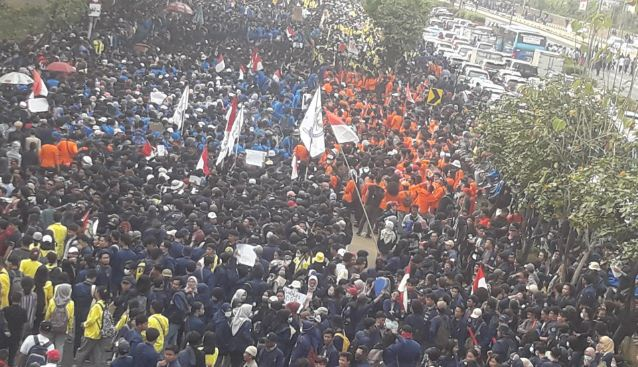 massa demo mahasiswa